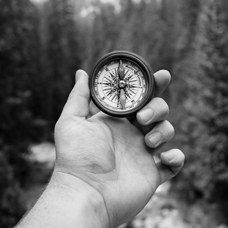 bnw-thumbnails-compass